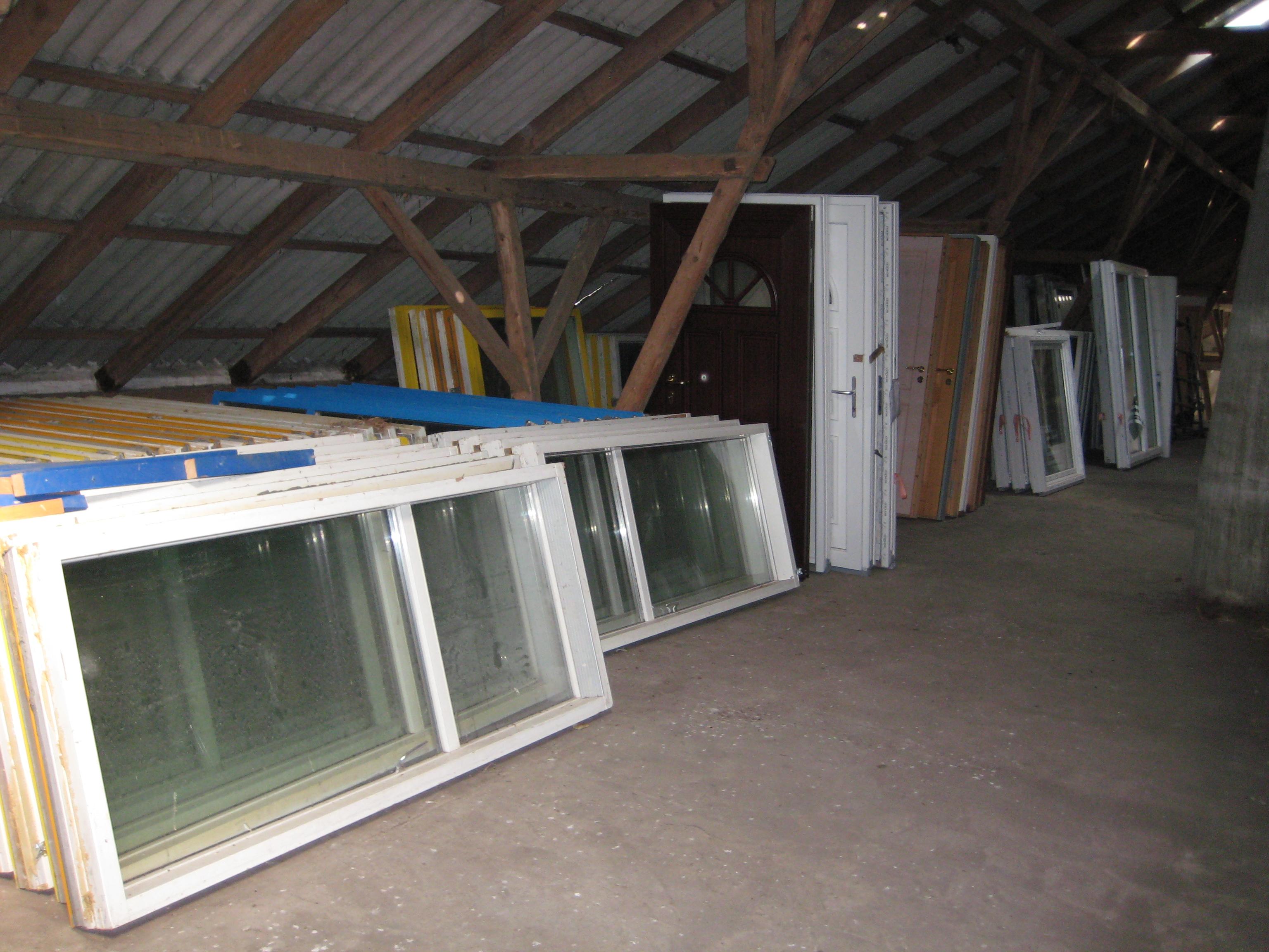 Brugte vinduer og døre jylland – Høyde stikkontakt